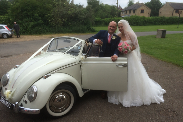 ArriveVintage WeddingCar Daisy